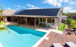 calentar agua piscina solar