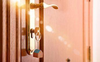¿Puedo cambiar el contrato de luz si vivo de alquiler?