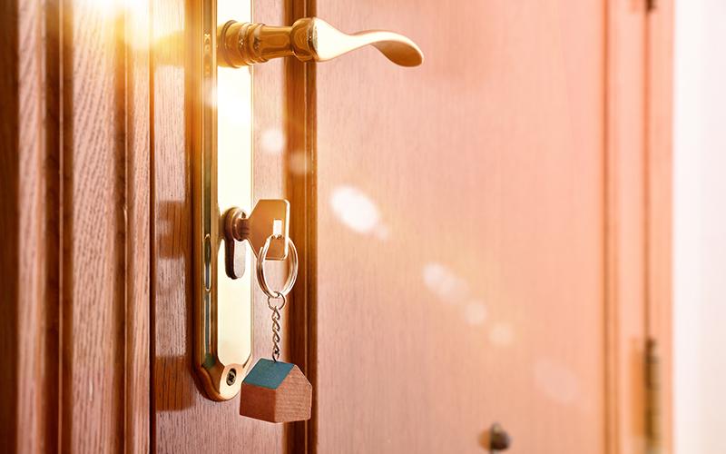 Cambiar el contrato de luz si vives de alquiler